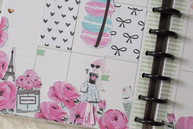 Happy Planner Weekly Spread feat. The Pink Passport | JM Creates