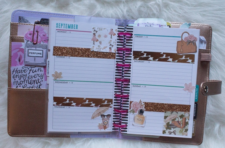 Mini Happy Planner Weekly Spread feat. Pearls and Paris | JM Creates
