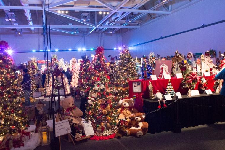 2017 Akron Children's Hospital Tree Festival | JM Creates Blog