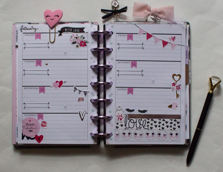 Mini Happy Planner Weekly Spread | Valentine's Day! | Created by Jen Blog