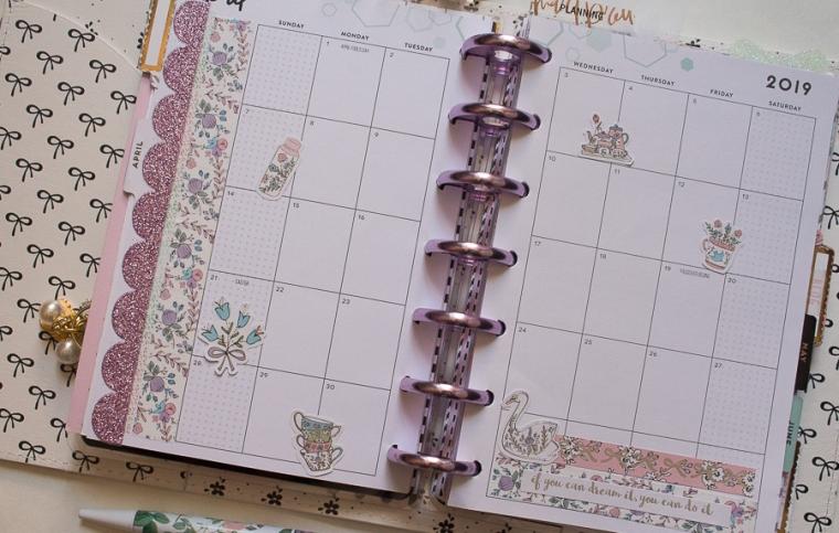 Mini Happy Planner Weekly Spread | Created by Jen Blog